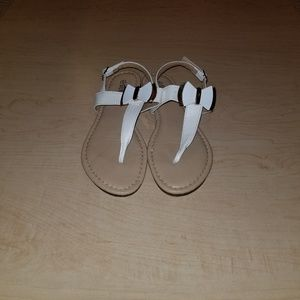 Steven Ella Strappy Sandals with Bow Accent, Sz 6